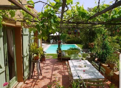 Maison de charme - 3chambres, 6couchages, piscine et spa à 4minutes à pied de la plage de Pinarello