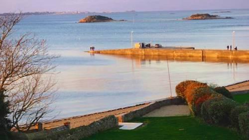 Loue maison d'exception • Vue sur mer & accès plage - 4couchages