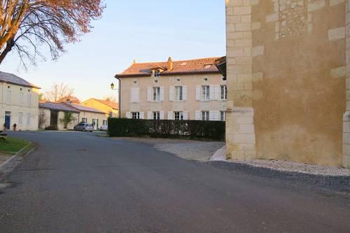 Loue maison de famille Périgord / Charente - 6chambres - Bonnes (16390)