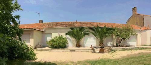 Maison avec grand jardin dans les Sables (85) - 2ch- 6couchages