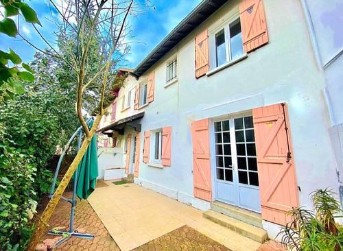 Vends maison 75m² avec grande terrasse sans vis à vis à 10' pied de la gare - Arcachon (33)