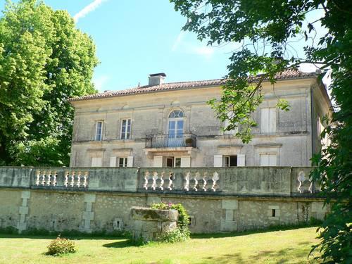 Une maison d'hôtes de charme, 3chambres · 7couchages en Perigord vert, Grand-Brassac (24)
