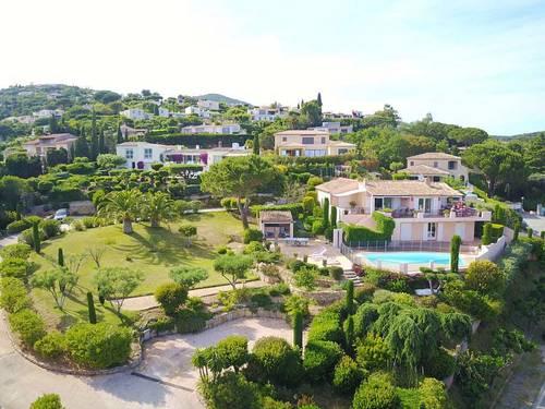 Loue maison idéale pour famille golfe de Saint Tropez (20couchages)