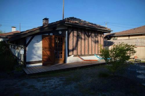 Propose Maison landaise dans village typique - 2chambres - Léon (40550)