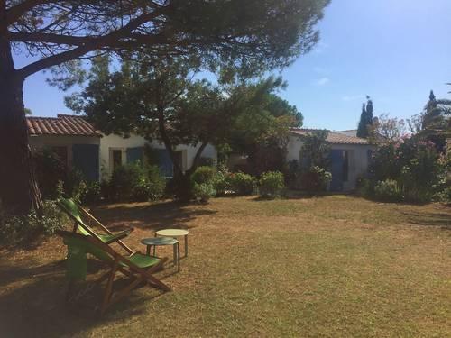 Propose maison lumineuse 7/8couchages, 3chambres avec jardin centre de Loix-en-Ré (17)