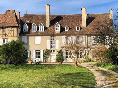 Loue maison du XVIIIème, gîte avec piscine - 8chambres, 15couchages - Saint-Yrieix-la-Perche (87)