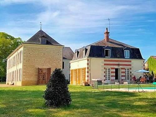 Loue propriéte avec piscine - 16couchages – entre Touraine et Poitou - Richemont (86)
