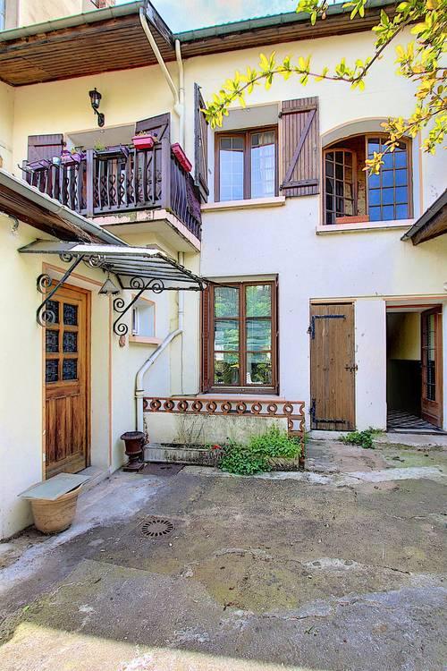 Vends Maison 9pièces à Monchat - 170m²