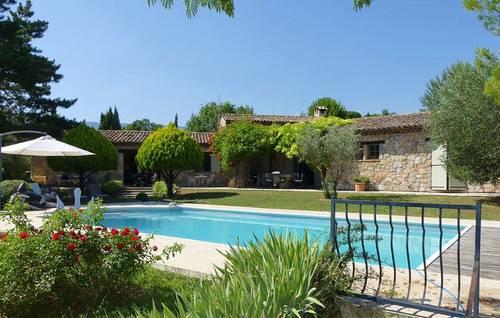 Loue maison en pierre avec piscine et jardin arboré (41ares) - 6chambres 10couchages - Fayence (83)