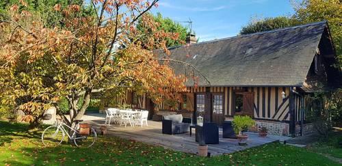 Loue maison avec piscine couverte, 8couchages,à 25mn de Deauville