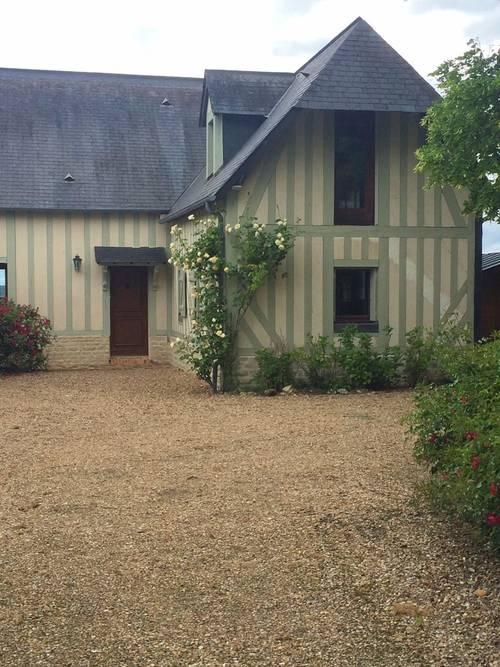 Loue maison proche Deauville, avec grand jardin jardin 10couchages