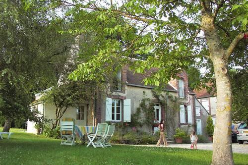 Loue Maison ancienne typique de Puisaye, jusqu'à 9couchages