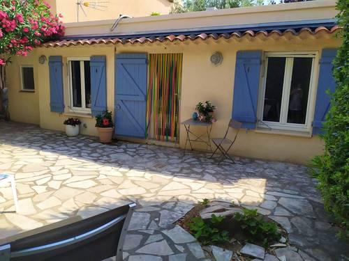 Loue maisonnette à la semaine - 1chambre, 4couchages Sainte-Maxime (83)