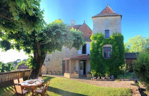 Loue maisons 14couchages, 7chambres/ Piscine - à Domme (24) Périgord Noir