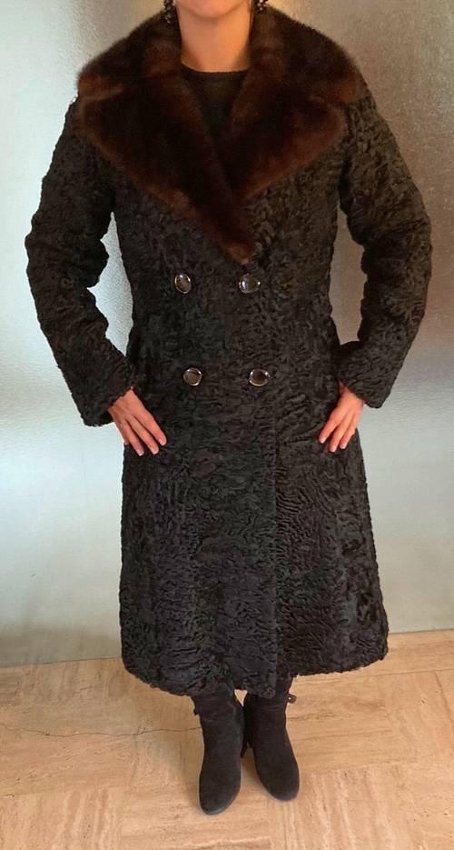 Manteau en Astrakan et Vison noir véritable T 40-42