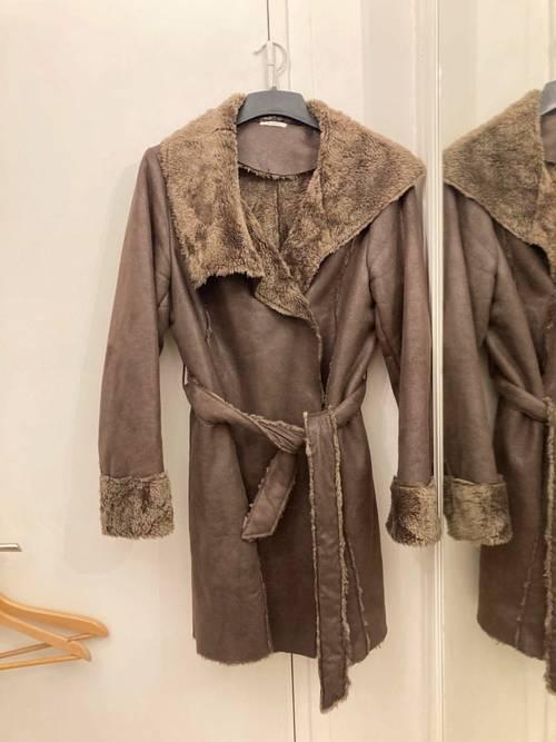 Manteau en fausse fourrure T46