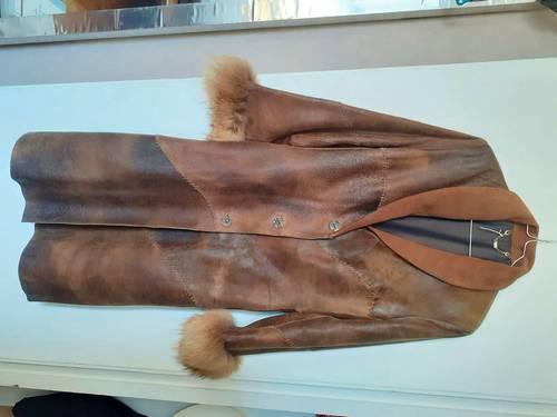 Manteau cuir et fourrure 40- Taille M