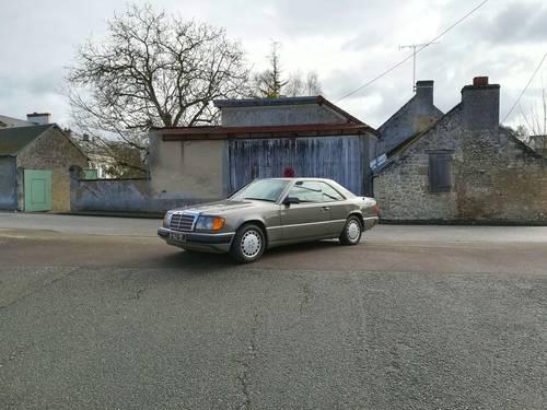 Mercedes 300CE W124