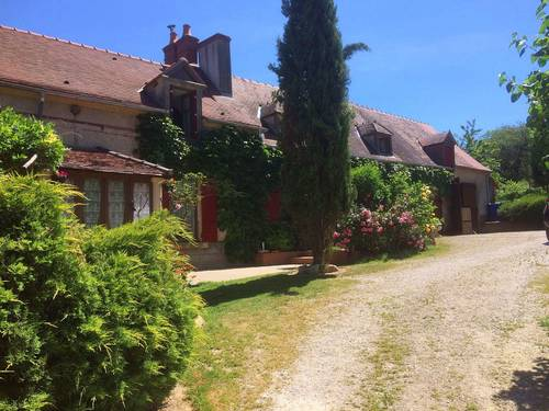 Vends merveilleuse longère de 6pièces sur 1Ha et demi, 4chambres clés en main, Mornay-sur-Allier (18)
