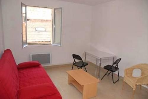 Loue F2 (50m²) meublé, Avignon Centre (84) proche université
