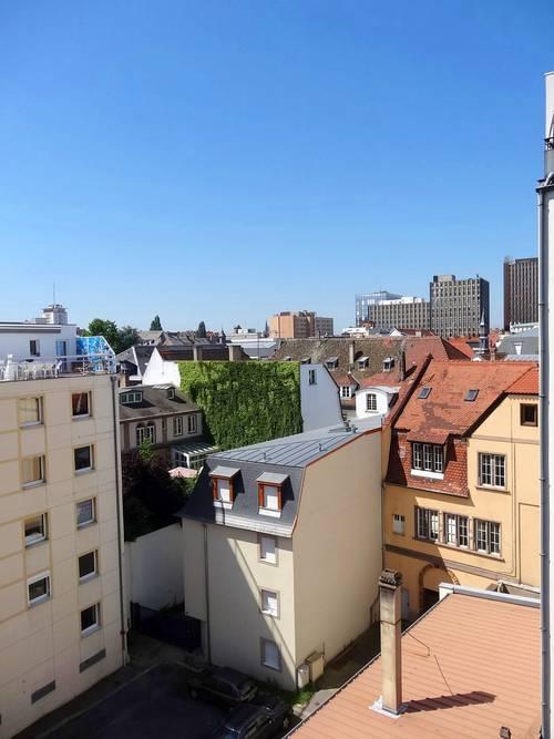 Loue beau 2pièces meublé Strasbourg centre (67) - disp 1/10- 57m²