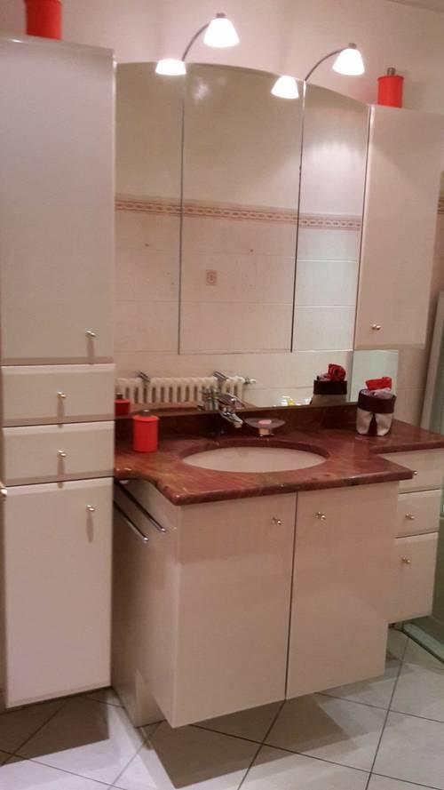Meubles salle de bain, vasque et plan de toilette en marbre