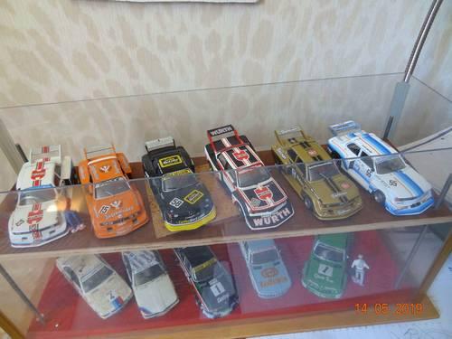 Miniatures auto 1/43