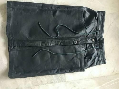 Jupe noire Vintage en cuir véritable taille S