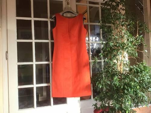 Robe orange sans manches Épisode 38neuve
