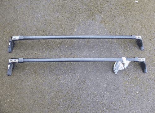 Paire de barres de toit de voiture