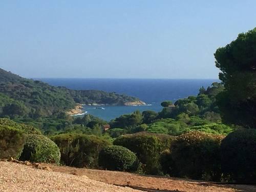 Loue un coin de paradis dans la presqu'île de St Tropez 10couchages