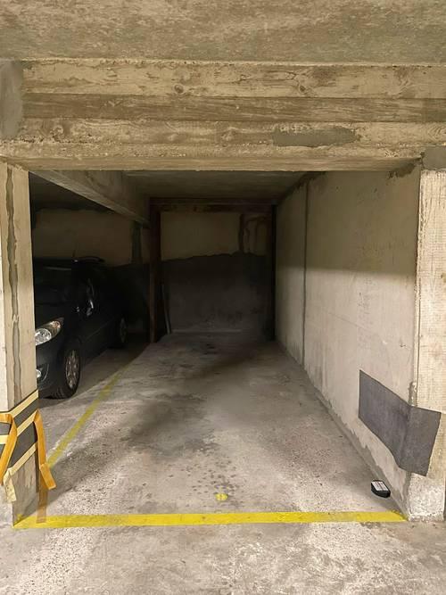 Loue Parking 2roues Mairie de Montreuil (93)