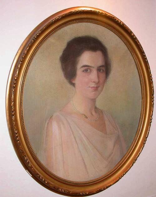 Beau pastel portrait de femme signé vers 1920avec encadrement doré
