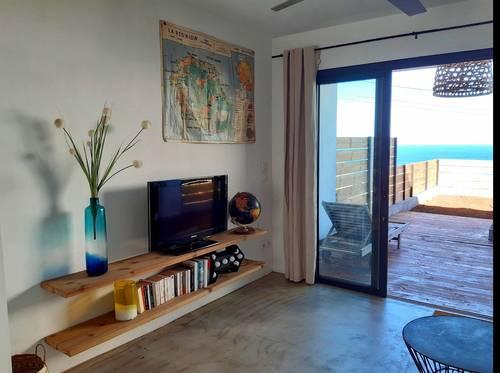 Loue petite maison - 2couchages - sur le littoral à La Réunion