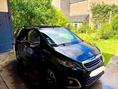 Vends Peugeot 108Allure Top 82ch 5Portes - 37500km - 2015