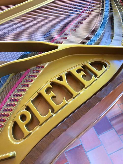 Piano Pleyel quart de queue modele F