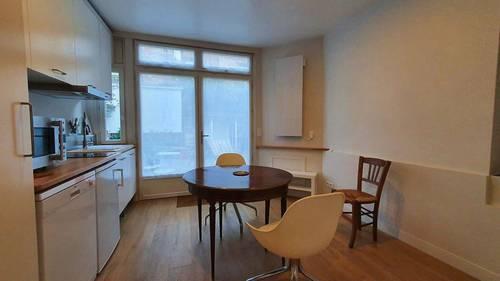 Loue 22m² avec pièce à vivre et chambre séparée à 5mn du RER A
