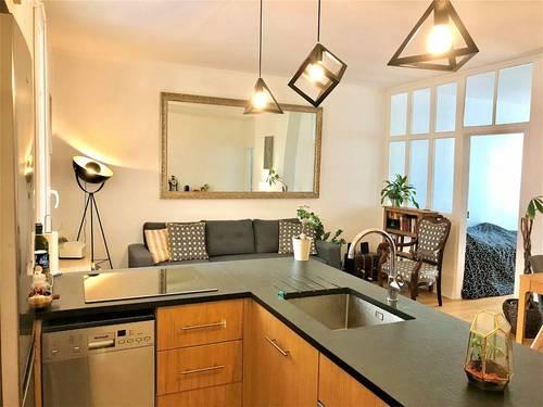 Vends bel appartement 3pièces ancien - 2chambres - 55m² - Parmentier - Paris 11ème