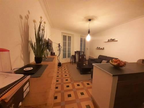 Loue 2pièces RDC Avignon Centre Ville Intra Muros - 40m² (84)