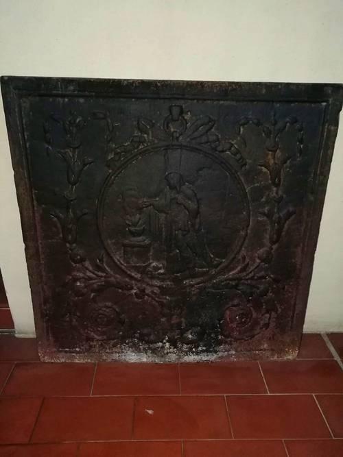 Plaque fonte cheminée ancienne