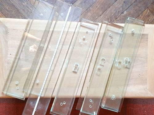 Plaques de propreté en verre
