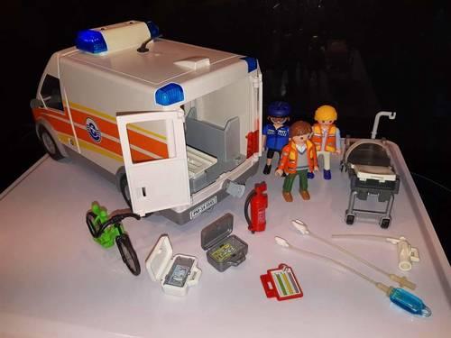Playmobil 5541- Ambulance avec Secouristes
