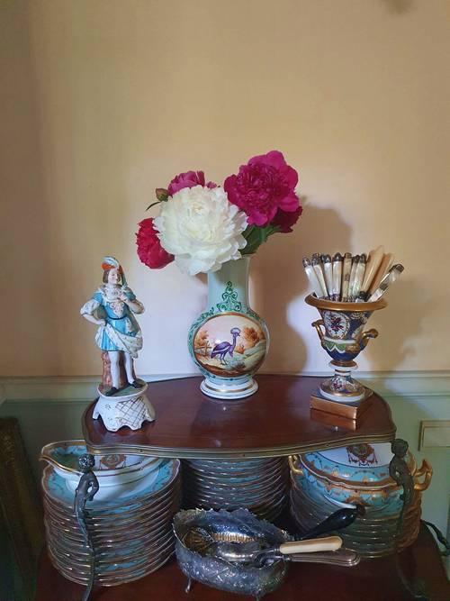 Vase en porcelaine de Paris XIXème