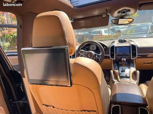 Vends Porsche Cayenne (958) 3.0416CH S E-HYBRID, BLEU 2015, 87321Km