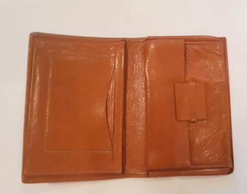 Portefeuille en cuir beige