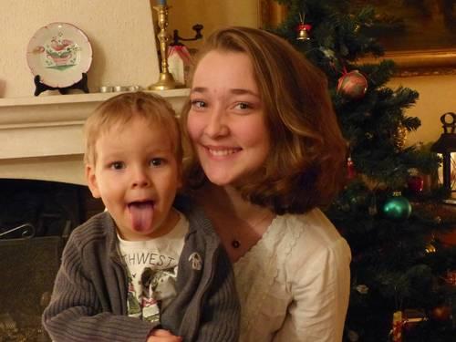 Etudiante en orthophonie propose babysittings en soirée et le week-end
