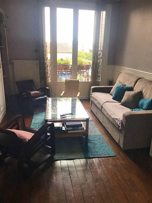 Propose chambre chez l'habitant pour courte durée - Le Bourget