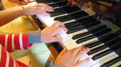 Propose cours de piano à votre domicile sur Lyon 2ème