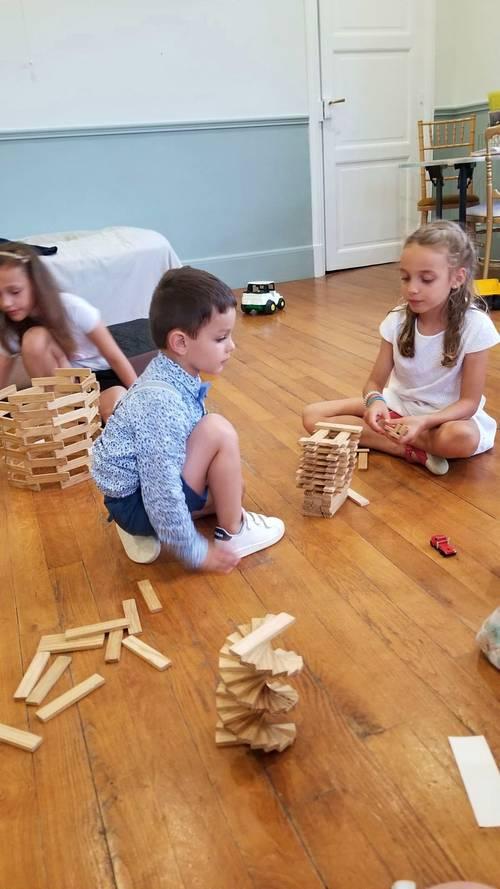Propose garde d'enfants, babysitting sur Angers