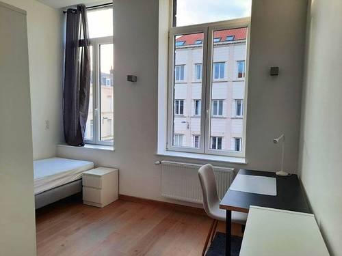 Propose plusieurs places dans colocation Lille (59)